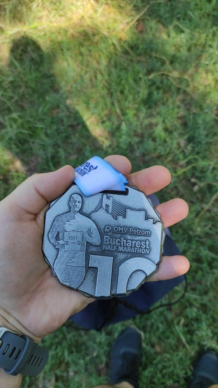 Medalia de finish de la cursa de 5K a Bucharest Half Marathon